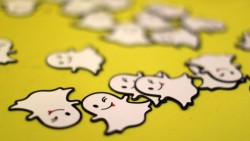 Snap shares slide as growth slows