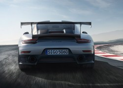 Porsche 911 GT2 RS Delivers 700 Horsepower Knockout Punch, 211 MPH Top Speed
