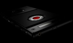 RED Announces Glasses Free Holographic Display Titanium Android Smartphone