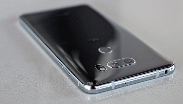 LG V30 Head Phone Jack