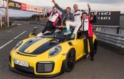 Porsche 911 GT2 Thrashes Lamborghini Huracan Performante's Nurburgring Lap Record