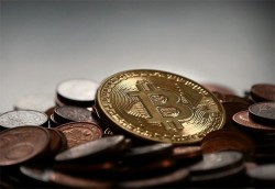 Bitcoin Panic Sets In As Cryptocurrency Plummets Below $3,000