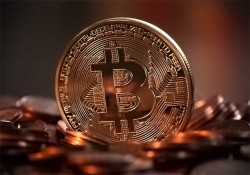 Bitcoin Up 500% Annually, Dominant Cryptocurrency Tops $100B Valuation