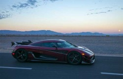 Koenigsegg Has A Nevada Highway Shutdown To Set World Production Car Speed Record