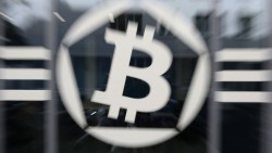 Cyber-thieves seek to cash in on Bitcoin boom