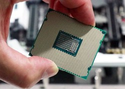 Intel's Meltdown And Spectre Patches Causing Reboots On PCs With Newer Processors