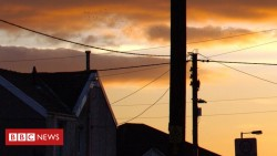 BT told to share poles for fibre broadband