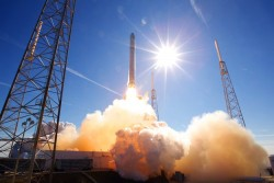 SpaceX Gains FCC Approval For Low-Latency Satellite Broadband Internet Service
