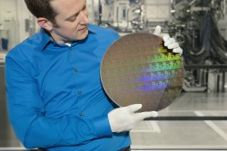 Samsung breaks ground in extreme ultraviolet processor tech