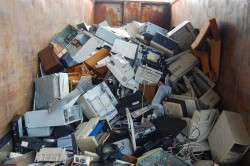 Selling Disks With Free Microsoft Software Lands E-Waste Recycler Stiff Prison Term
