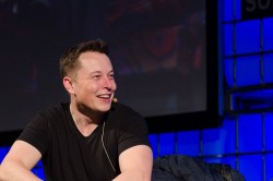 Ailing Tesla Losing Its Charge As Musk Makes Claims Of Sabotage