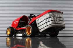 190 HP Honda Mean Mower V2 Will Annihilate Your Lawn At An Inasne 150 MPH