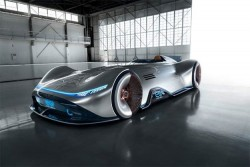 Mercedes-Benz EQ Silver Arrow Pays Homage In A Cool Futuristic Way To W 125 Classic