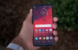 Motorola Moto Z3 Review: Proven Hardware Chasing A 5G Future