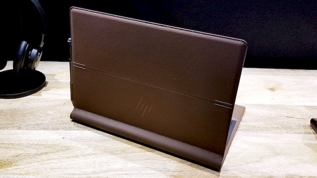hp spectre folio back