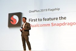 OnePlus Corrects 'First Snapdragon 855 Phone' Goof, Says 5G Phones Will Carry $300 Premium