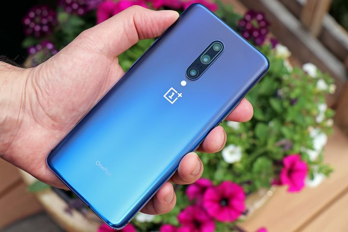 OnePlus 7 Pro back in hand